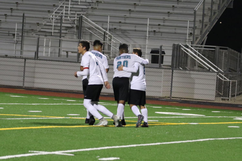 Varsity Boys Soccer Smashes on Atascadero 5-2