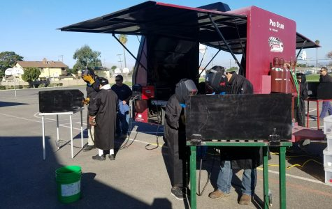FFA Promotes Welding at El Camino Career Day