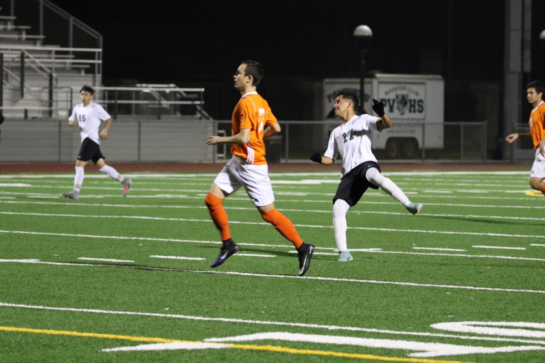 Rigo Maldonado Gets Top Scorer For Varsity Soccer
