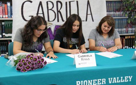 Gabriela Rivas Signs to Waldorf!