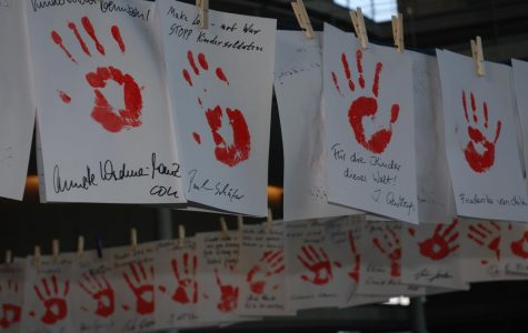 Unicef: Red Hand Day