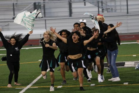 Class of 2019 Takes Their First Powder Puff WIn